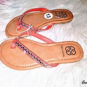 🍑NWT! Daisy Fuentes Rhinestone Trimmed Sandals 🍑